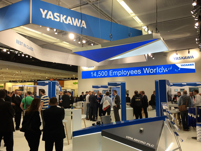 Der Messestand von YASKAWA im neuen Corporated Design